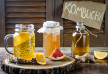Is Kombucha Good For You? Health Benefits & Risks